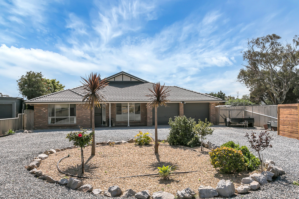 2 Napier Place, SELLICKS BEACH