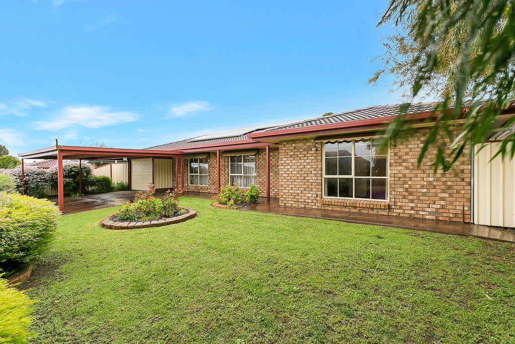 41 Rogana Crescent, HALLETT COVE