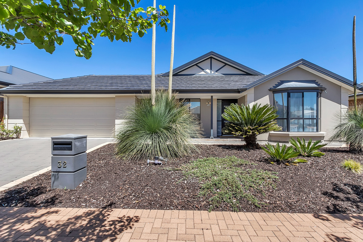 32 Tidal Street, SEAFORD MEADOWS
