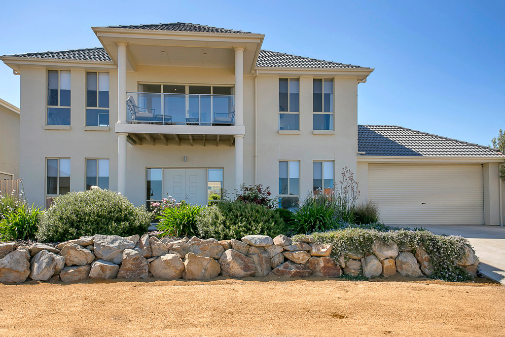 12 Milford Avenue, SELLICKS BEACH