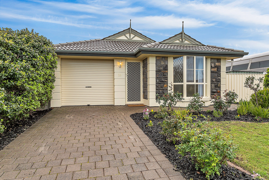 29 Whitney Crescent, SEAFORD