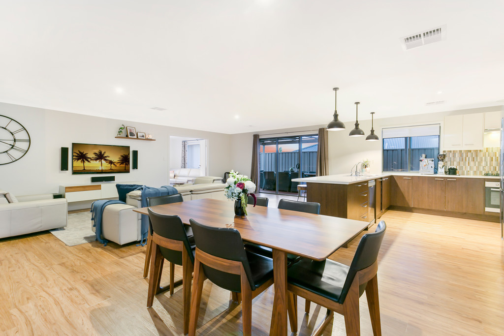1 Manly Court, SEAFORD RISE