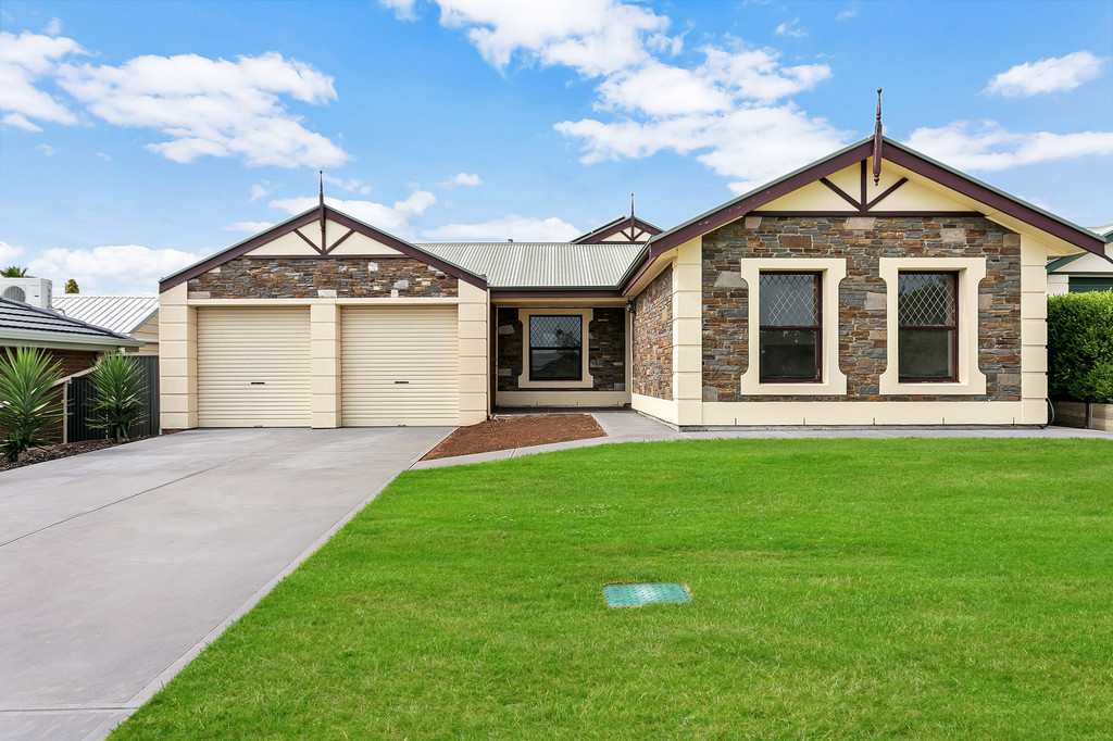 4 Mildara Close, WOODCROFT