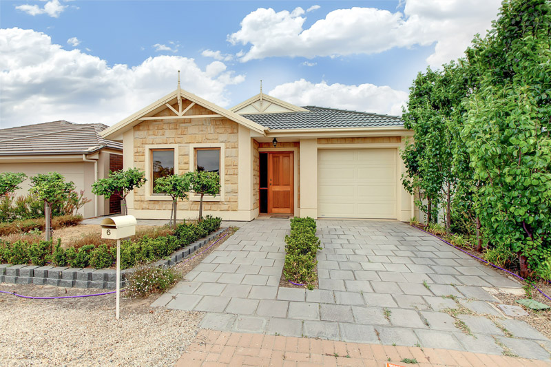 6 Buoy Crescent, SEAFORD MEADOWS