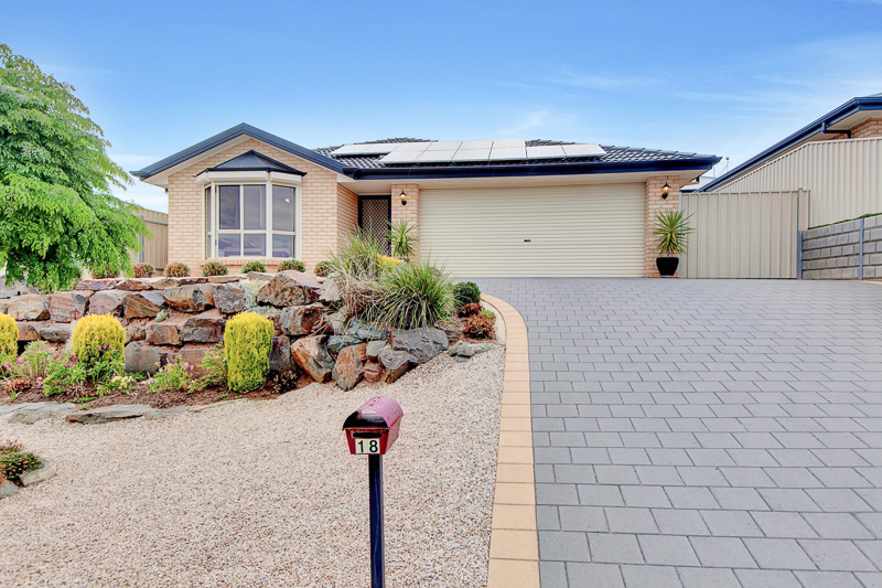 18 Albany Way, SEAFORD RISE