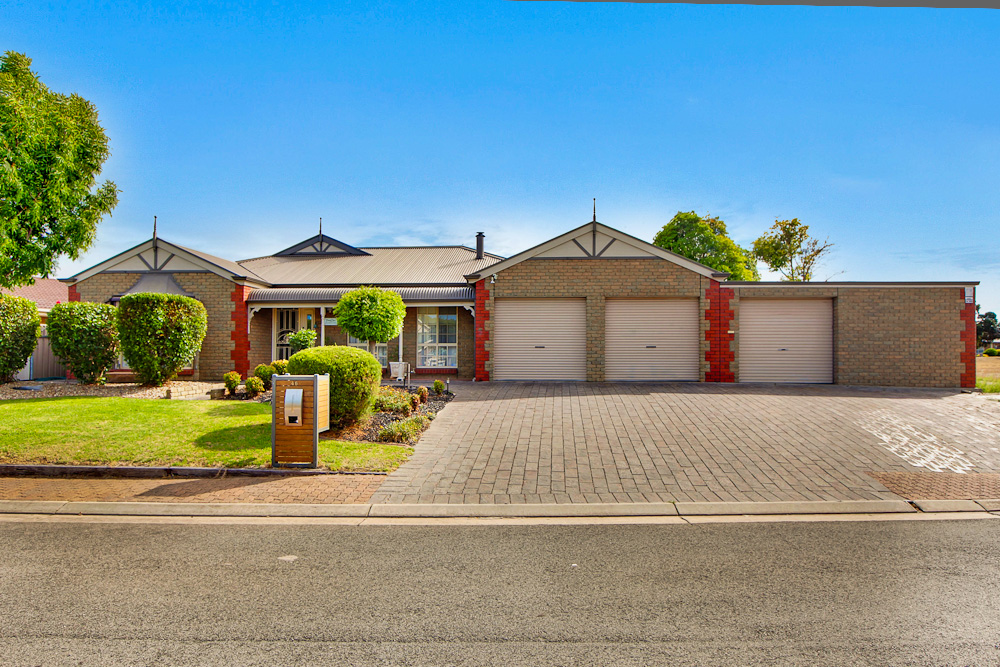 46 Clearwater Crescent, SEAFORD RISE